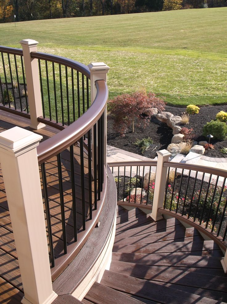 Best Curved Deck And Stairs Www Anotheramazingdeck Com Curved 400 x 300