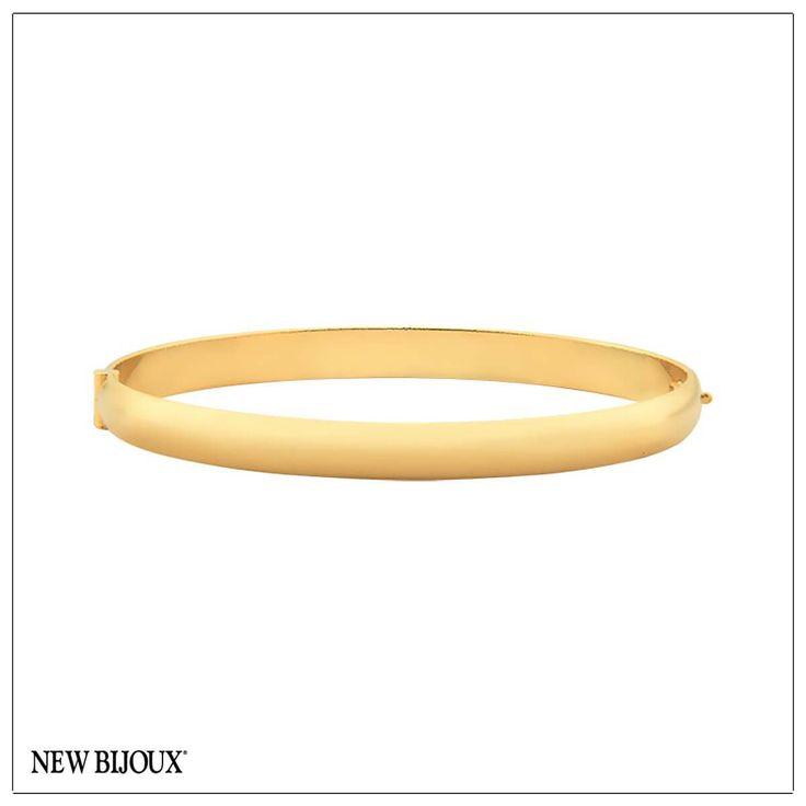 Pulseira algema lisa folheada a ouro 18k Dimensões aproximadas:Diâmetro interno: 5,8 cmLargura: 0,6 cm
