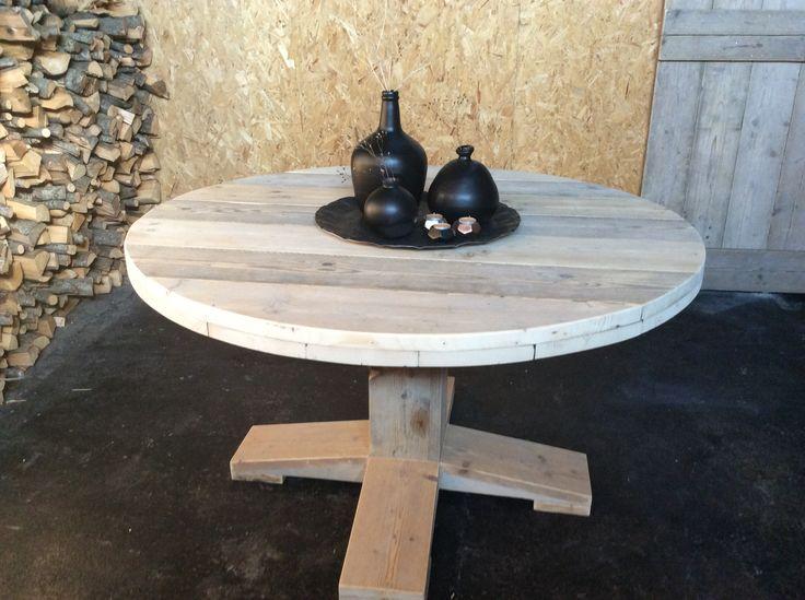 Steigerhout Holland.nl maakt ook ronde tafels van steigerhout!
