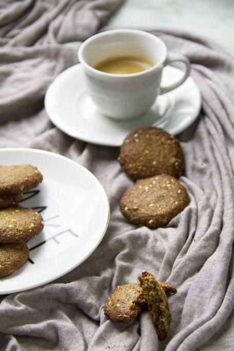 Biscotti allo zenzero e sesamo [senza] | Col cavolo
