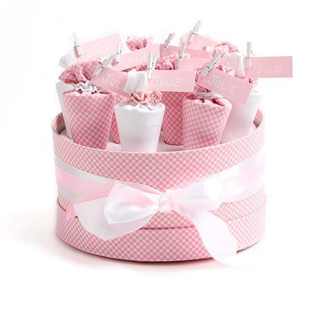 Bij AVA vind je een ruim assortiment aan leuke en lieve spulletjes voor in de geboortemand. Ontdek hoe je een persoonlijke touch aan je doopsuiker kan geven