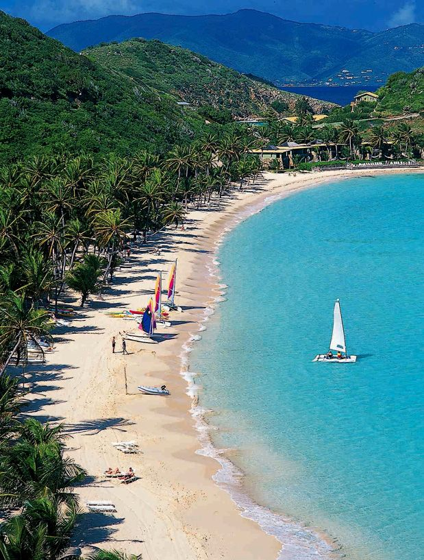 Ilhas Virgens Britânicas Um sonho para mergulhadores velejadores e amantes de praias tranquilas, as Ilhas Virgens Britânicas são banhadas pelo Caribe e pelo Atlântico. Mais de 30 ilhas, várias delas inabitadas e todas com farta vegetação, águas calmas e praias incríveis. Foto: CTO-The British Virgin Islands Tourist Board