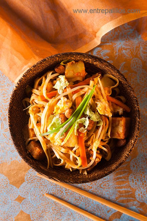 424 best oriental vegetarian recipe images on pinterest vegetarian mee goreng malaysian noodle dish recipe vegetarian version entrepalillos asian food blog forumfinder Choice Image