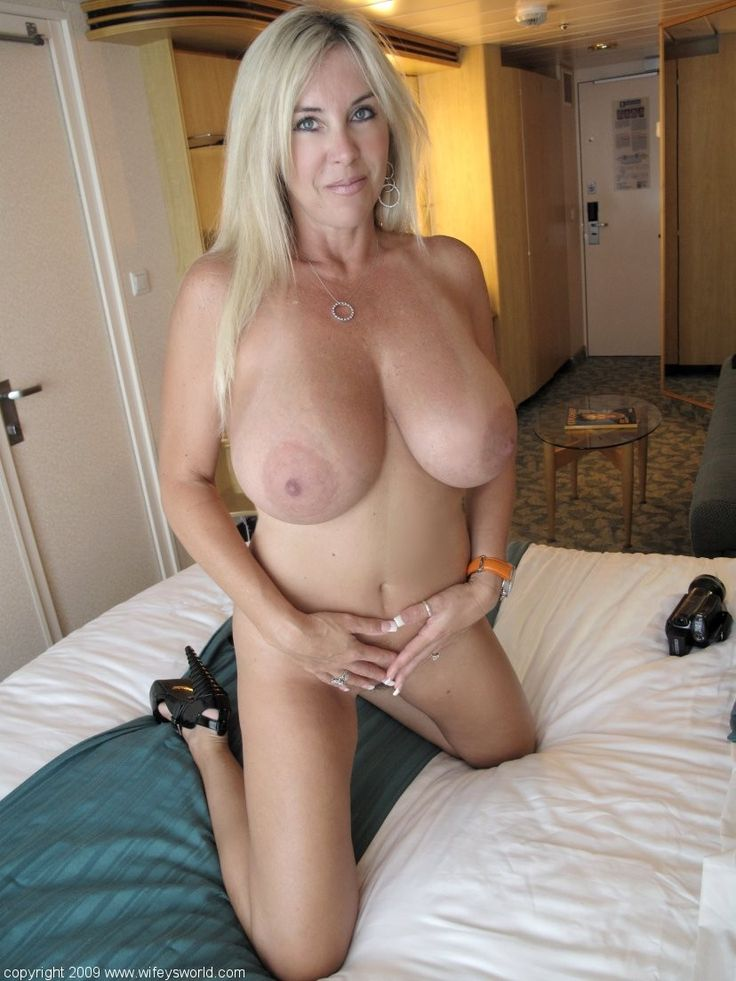 nude mature cougars