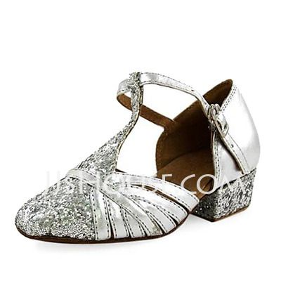 Chaussures de danse - $21.99 - Femmes Enfants Similicuir Pailletes scintillantes Talons Chaussures plates Escarpins Moderne avec Lanière en T Chaussures de danse (053013188) http://jjshouse.com/fr/Femmes-Enfants-Similicuir-Pailletes-Scintillantes-Talons-Chaussures-Plates-Escarpins-Moderne-Avec-Laniere-En-T-Chaussures-De-Danse-053013188-g13188?pos=best_selling_items_373