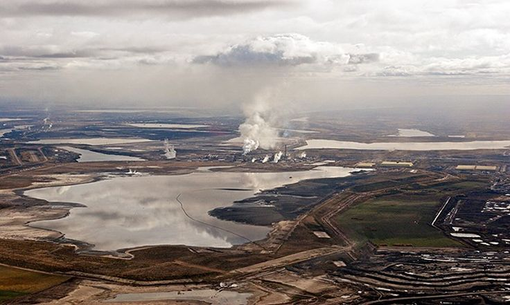Enquiry to assess chances of an economic crash if climate change rules render coal, oil and gas assets worthless