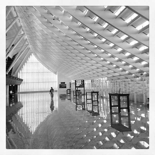 臺灣桃園國際機場 Taiwan Taoyuan International Airport (TPE-->Taipei) in Taoyuan County (40~50 mins to Taipei City by car)