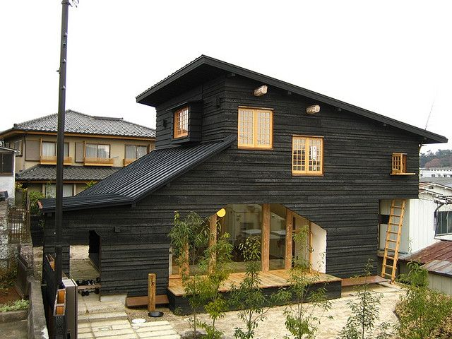 Terunobu Fujimori, Japanese architecture historian turned architect. Hmm, siding painted black, my favorite color! Never considered that!