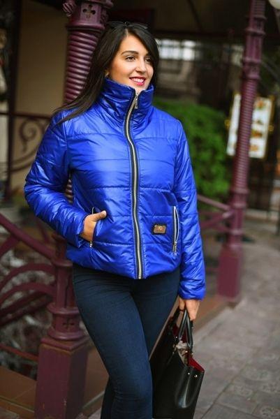 Стильная женская куртка на синтипоне рукавом большой размер электрик