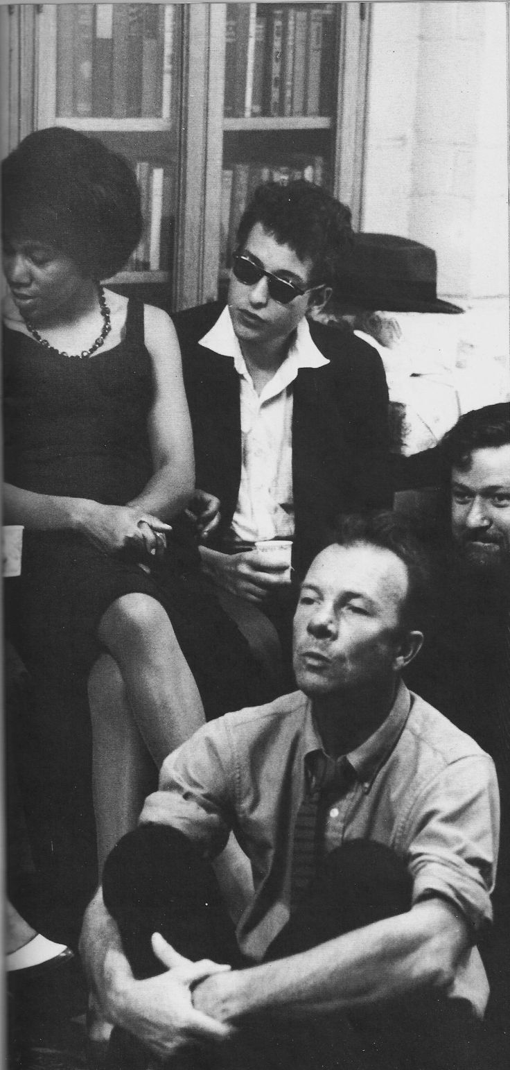 Bob Dylan with Delores Dixon, Dave Van Ronk and Pete Seeger, 1962