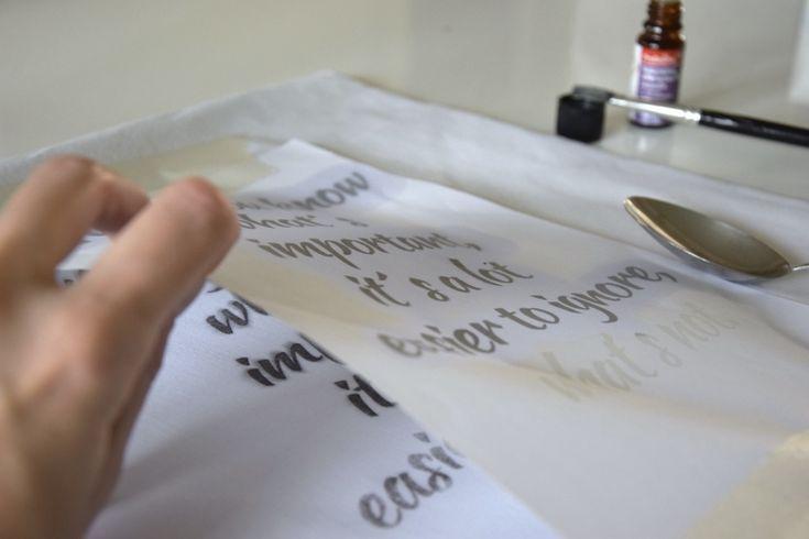 diy pilow / home print on fabric / cushion - domácí tisk na textil na blogu http://tamarki.cz/tip-na-diy-darek-polstar-s-domacim-tiskem/