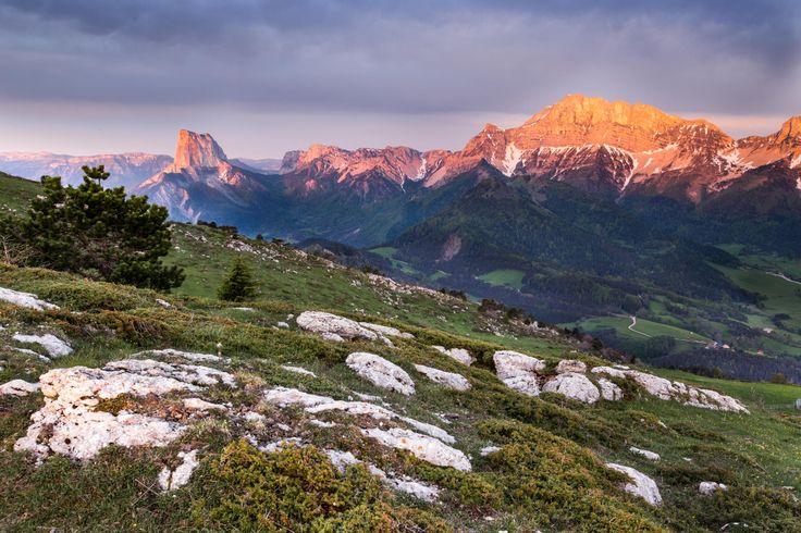 Lumière sur les Grands du Vercors Mont Aiguille
