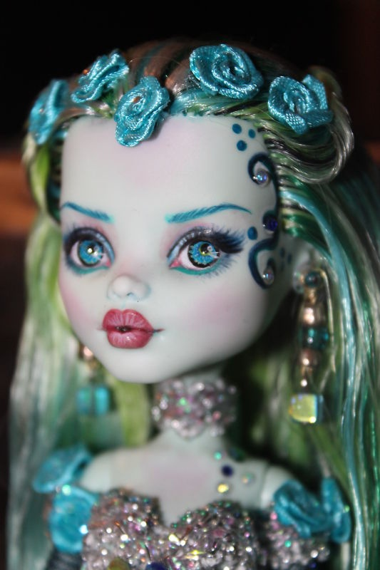 Monster High OOAK Mermaid Doll www.wonderfinds.com/item/3_330916659726/c335/Monster-High-OOAK