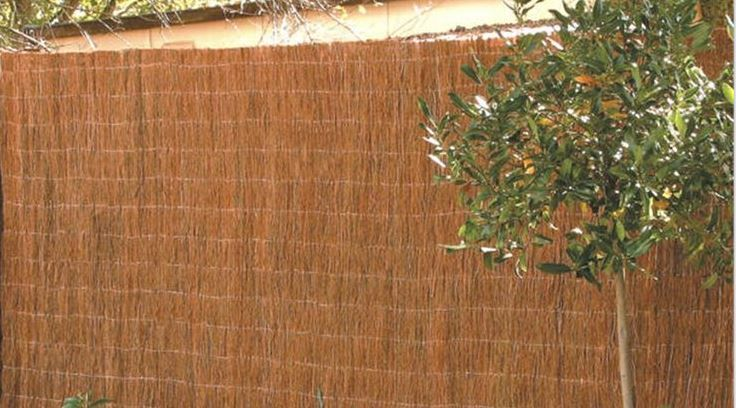 Brushwood fences have natural termite resistance because of their high oil and salt content and generally don't require any kind of regular maintenance.