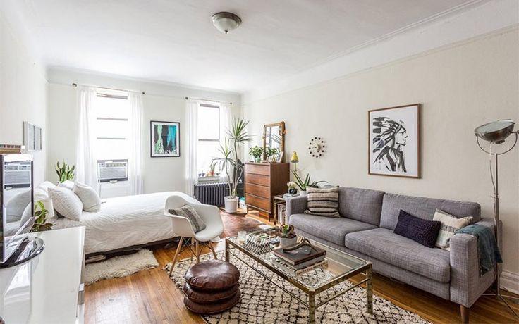 ニューヨーク市内のワンルームのアパートメントに、4年住んでいるというデザイナーの Tamar Levine( タマル リバイン )さん。ワンルームや一人暮らし部屋の模様替えの参考にしたい、おしゃれなアパートメントの持ち …