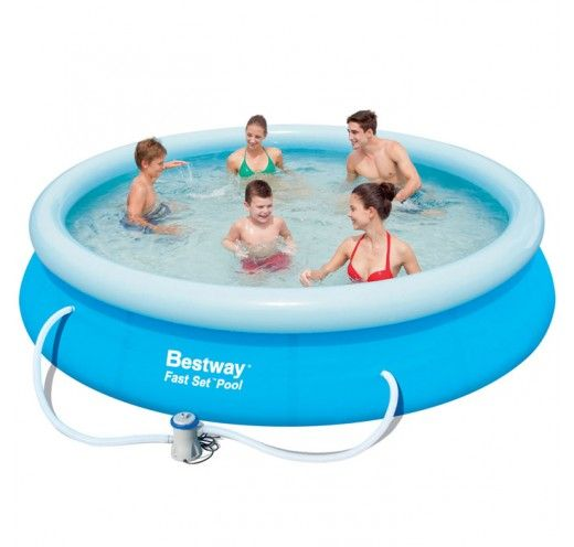12 foot Fast Set Pool is a practical pool and fun for the family when the sun comes out to play. It is also quick and easy to pack away again.
