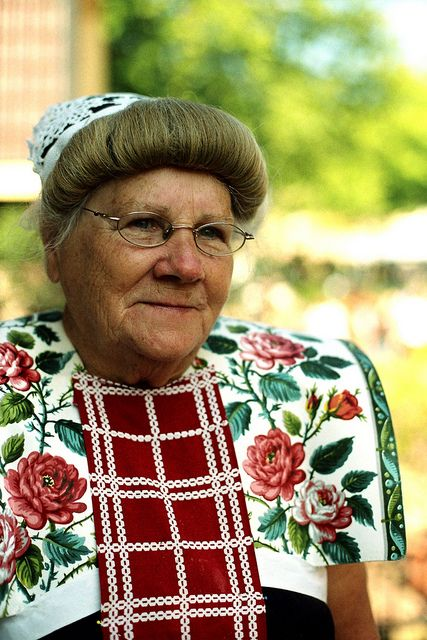 Europe | Portrait of a woman with traditional hairstyle, clothing and kraplap, Spakenburg, Utrecht, The Netherlands
