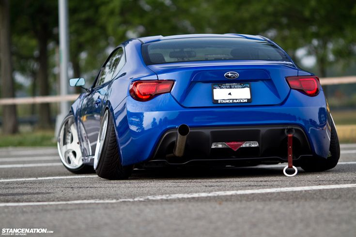 Slammed Nissan 370Z Stance | All That Negative Camber.