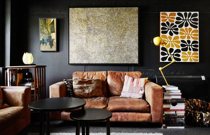 The North Melbourne home of interior designer Amanda Lynn, her husband Leon Levine (a lawyer), and their much loved cats  Buster and Ting! Photo – Annette O'Brien. Production – Lucy Feagins / The Design Files.