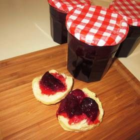 Třešňová marmeláda