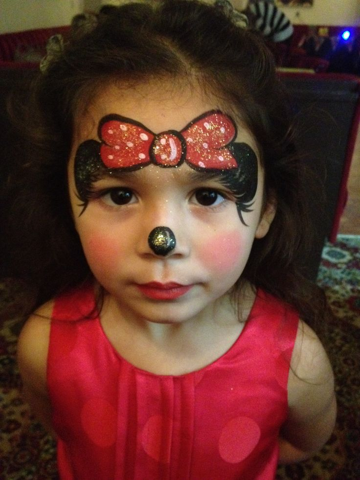 Stunning Minnie Mouse face paint | First Birthday ...