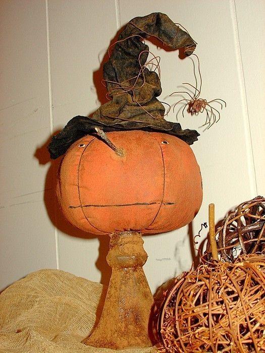 Amelia, A Primitive Pumpkin Pattern from Raven's Haven. $9.00, via Etsy.