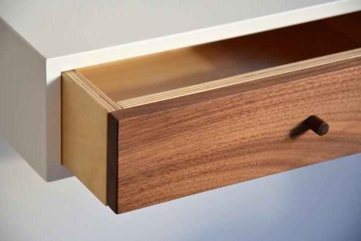 """7 kedvelés, 1 hozzászólás – MyBetterShelf (@mybettershelf) Instagram-hozzászólása: """"Floating nightstand with walnut drawer. www.mybettershelf.com #floating #nightstand #drawer…"""""""