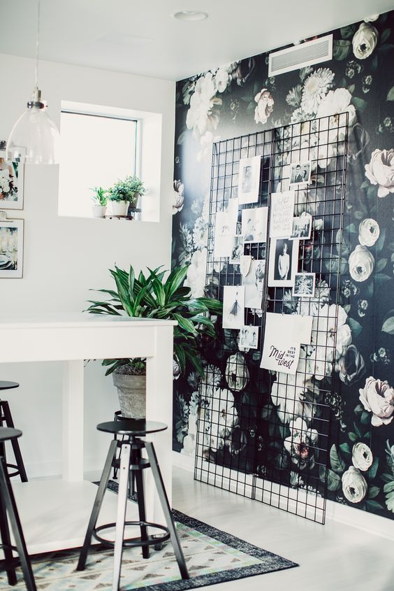 Awe Inspiring 17 Best Ideas About Office Wallpaper On Pinterest Home Office Largest Home Design Picture Inspirations Pitcheantrous