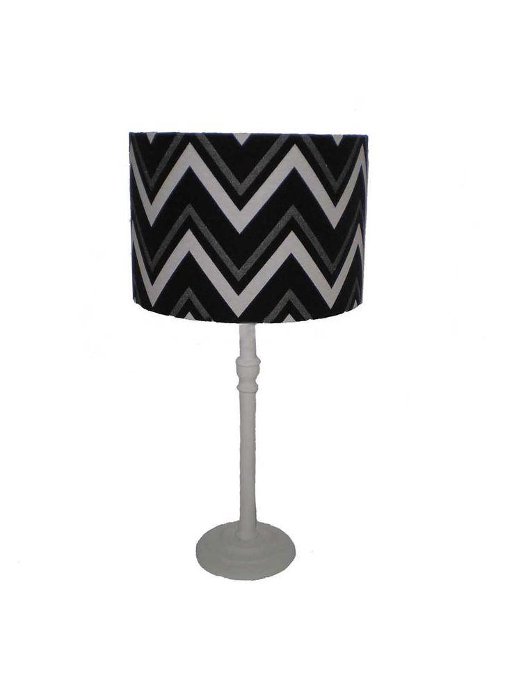 Black Chevron Table Lamp | Oficina d'Artesã