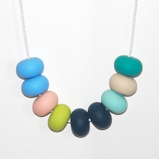 Como necklace