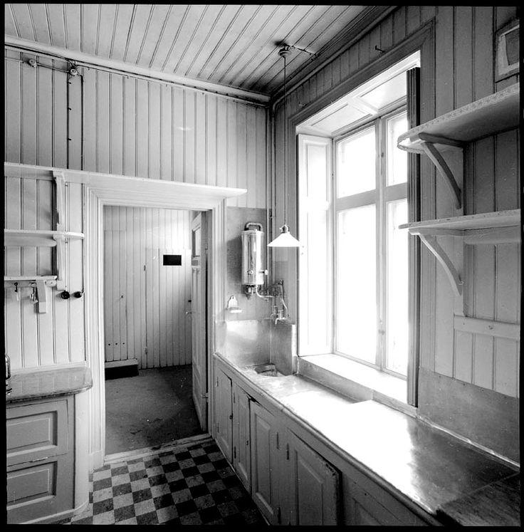 Östermalmsgatan 39, Bernadotteska huset. Köket, våning 1 tr - Stockholmskällan