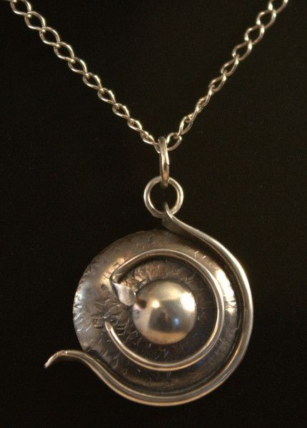 Fosilia: another distinctive piece of silver jewellery by Ron Smith. Lots more at silverbysmith.ca