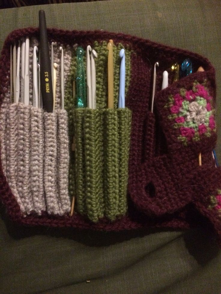 Crochet needle case