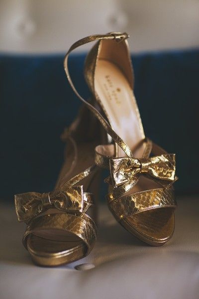 Check out these fun #gold #bridal shoes from @kate spade new york ...love! #katespade #bridalshoes {Michelle Damas Photography}