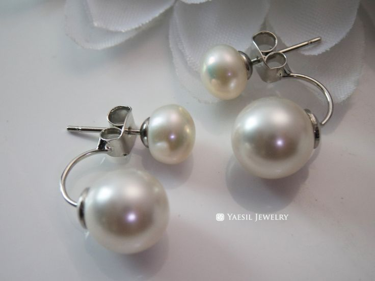 Classic [7/10] Double Pearl Earrings in Cream & White, Double Pearl…
