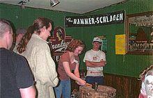 Hammer-Schlagen.jpg