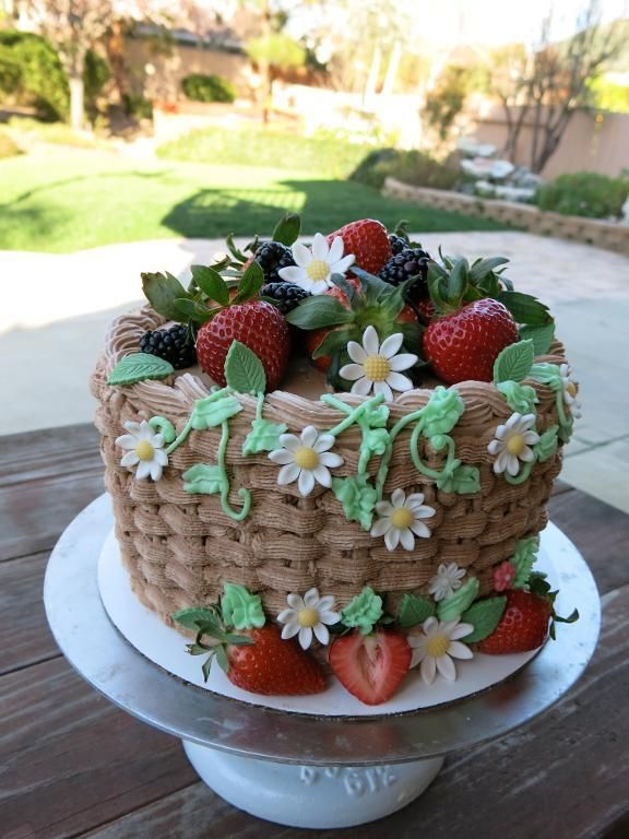 Basket Cake with Chocolate dipped strawberries. MJ GAP idea