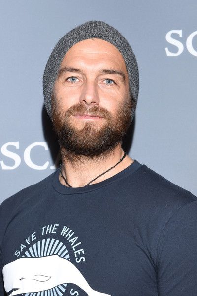 """Antony Starr Photos Photos - Actor Antony Starr attends the """"Banshee"""" event during aTVfest  2016 presented by SCAD on February 6, 2016 in Atlanta, Georgia. - SCAD Presents aTVfest  2016 - 'Banshee'"""