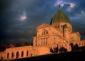 Saint Joseph's Oratory of Mount Royal | Montreal | Attraction ...