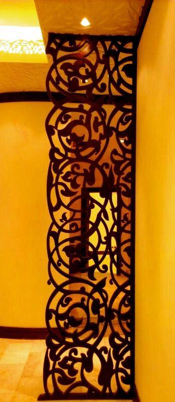 Divisória é alternativa para substituir parede, mantendo a harmonia do ambiente. Galeria de fotos abaixo mostra inspirações para adotar a peça em casa, de um jeito capaz de integrar e dividir ambientes de acordo com a vontade dos moradores. Normalmente durante o verão, a ventilação se torna um dos elementos mais importantes na manutenção da casa. Facilitando