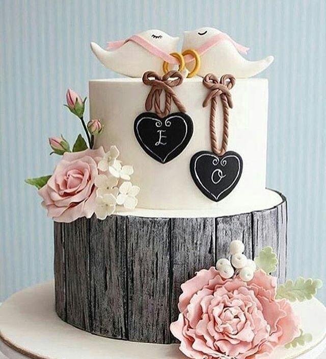 Un diseño de torta muy romántico y diferente  para unos novios…