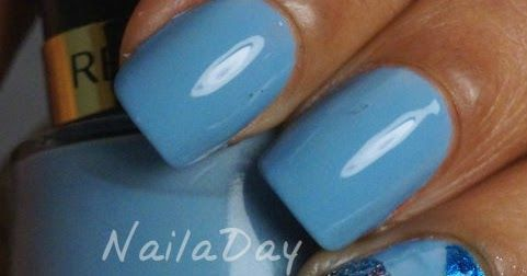 A blog about nail polish and nail art.