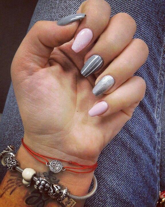 #pinknails #greynails #glitternails  #coffinnails #nails