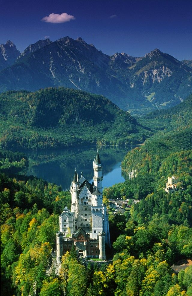 Neuschwanstein Castle, Alps and Lake Alpsee, Germany... One of my favorite spots, so beautiful