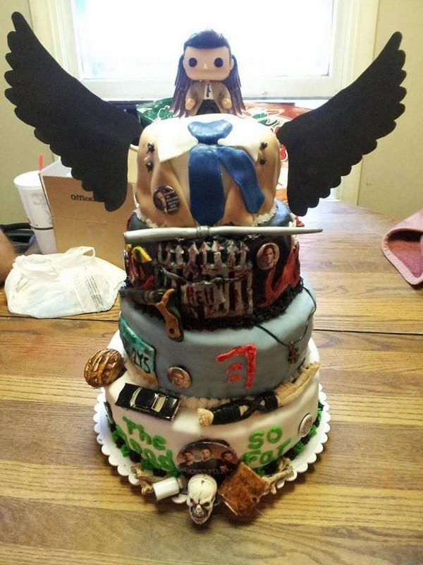 Supernatural birthday cake from @findlay19 on twitter