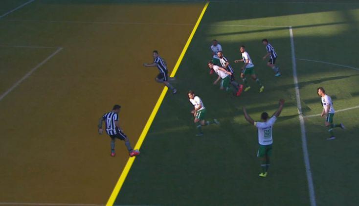 No detalhe: Canales adiantado em gol anulado do Botafogo em Chapecó #globoesporte