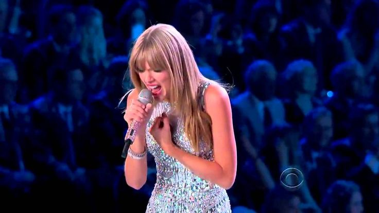 www.elagone.fr adore !!! I Knew You Were Trouble (Victoria's Secret Fashion Show) -Taylor Swift