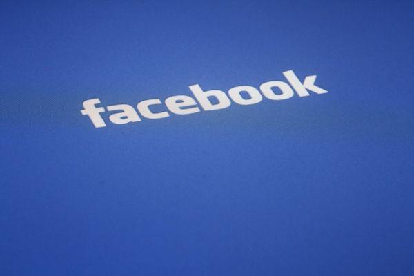 Facebook, nuovo regole sui contenuti: ecco cosa puoi pubblicare e cosa no - Yahoo Notizie Italia