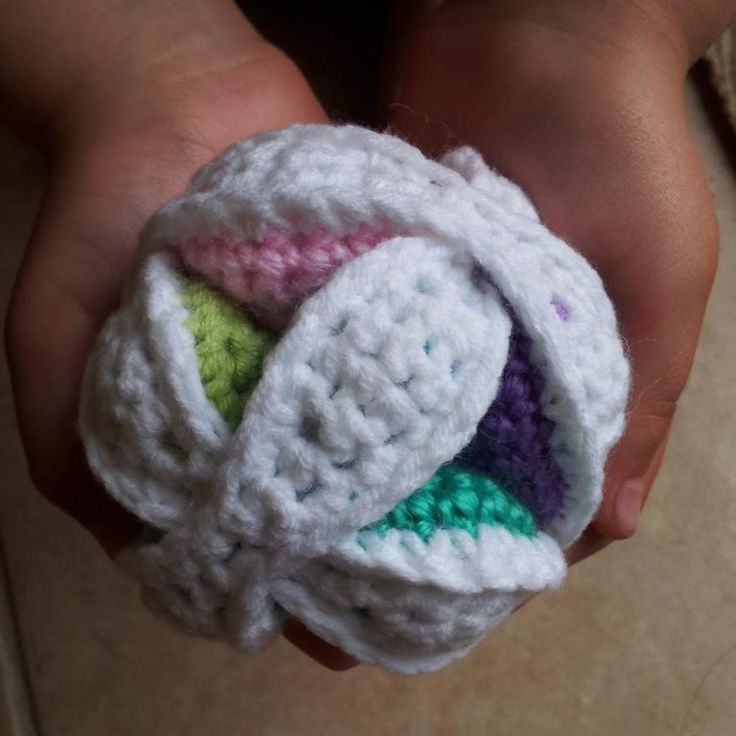 Amigurumi Ball Instructions : Mini Crochet Amish Puzzle Ball 3 Mini Crochet Amish Bola ...
