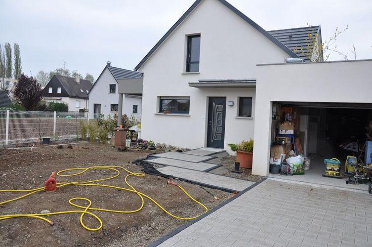 [Voie - allée - enrobée][] Voie - allée - enrobée - Horbourg Wihr (Haut Rhin - 68) - avril 2012